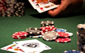 Beginner Poker Tips